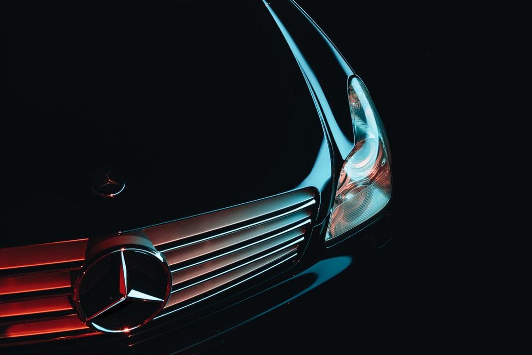 Mercedes-Benz, ett prestigefyllt bilmärke
